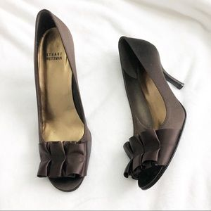 Stuart Weitzman brown open toe ribbon heels 9M